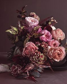 8 Bouquets Inspired by the Most Popular Wedding Flowers Romantic Wedding Flowers, Dusty Rose Wedding, Martha Stewart Weddings, Rose Color Meanings, Chocolate Cosmos, Most Popular Flowers, Arte Floral, Wedding Bouquets, Flower Arrangements