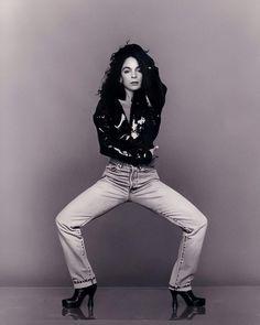 "𝕶   Jasmine Guy Fanpage. on Instagram: ""Happy Sunday to you all!! 🖤 — #JasmineGuy"" Jasmine Guy, Whitley Gilbert, A Different World, Guys, Happy Sunday, Vintage Black, All About Time, Portrait, Instagram"