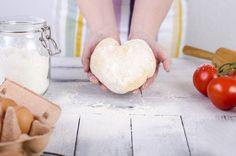 Hefe: Fluch oder Segen? #Hefe #Ernährung #Gesundheit Camembert Cheese, Dairy, Gluten, Health, Food, Blessing, Health Care, Salud, Meals
