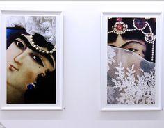 کامبیز درمبخش که در بیش از پنج دهه با نگاهی معترض و متفکرانه، سبک ها و اشکال مختلف هنر کاریکاتور را تجربه کرد تا زبان و سبک و سیاق خود را پیدا کند، امروز با مجموعه عکس هایش دست به تجربه های تازه ای زده و با چیدمان اشیاء و عکاسی از آنها دنیای متفاوتی را خلق کرده است