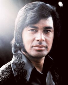 Today(May the second) marks the seventy-sixth birthday of Arnold George Dorsey, better known as Englebert Humperdink. Have a listen to him on Playlist.com! http://pl.st/s/319186961
