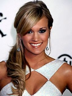 wedding curls hair ponytail side pony Carrie Underwood Side Ponytail