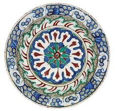 An Iznik pottery dish. Ottoman Turkey, circa 1590. Photo Christie's Image Ltd 2010