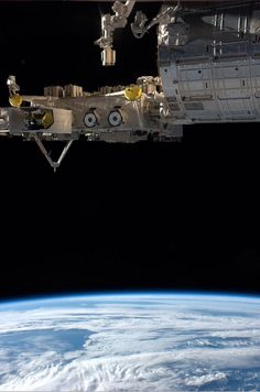 These Photos From An Astronaut Aboard The Space Station Are Truly Mesmerizing