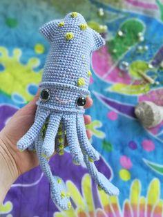 Crochet SQUID Pattern, amigurumi sea animals, PDF tutorial Crochet Animal Patterns, Crochet Doll Pattern, Crochet Patterns Amigurumi, Crochet Dolls, Handmade Ideas, Handmade Toys, Handmade Crafts, Pattern Cute, Knitting Toys