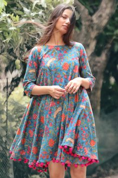 Simple Frocks, Casual Frocks, Girls Frock Design, Fancy Dress Design, Simple Frock Design, Simple Kurti Designs, Kurta Designs Women, Short Kurti Designs, Simple Pakistani Dresses