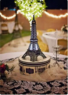 Paris theme or Night in Paris inspiration for quinceanera exploding box invitations Paris Sweet 16, Sweet 15, I Love Paris, Tour Eiffel, Paris Eiffel Tower, Eiffel Towers, Paris Birthday Parties, Birthday Dinners, Themed Parties