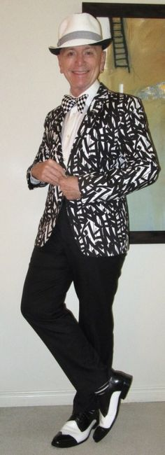 Another Black & White Outfit! ;-)      Hugo Boss jacket, Calvin Klein shirt, Monica Maria bow-tie, Alexander Julian trousers, Stacy Adams two-tone derbies… #HugoBoss #CalvinKlein #MonicaMaria #AlexanderJulian #StacyAdams #Toronto #wiwt #sartorial #sartorialsplendour #sprezzatura #menswear #mensweardaily #menstyle #menshoes #mensfashion #fashion #dandy #dandystyle #dapperstyle #dapper #style #summer #summerstyle #suits #meninsuits #instafashion