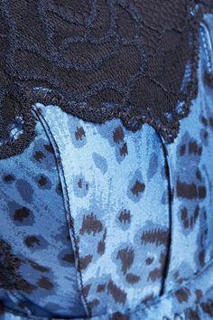 Stella McCartney - Ellie Leaping lace and mesh-trimmed leopard-print stretch -silk satin balconette bra 6b228710d