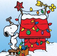 Snoopy - A Charlie Brown Christmas Peanuts Christmas, Christmas Cartoons, Charlie Brown Christmas, Christmas Art, Christmas Lights, Christmas Greetings, Snoopy Love, Snoopy Und Woodstock, Snoopy Christmas Decorations