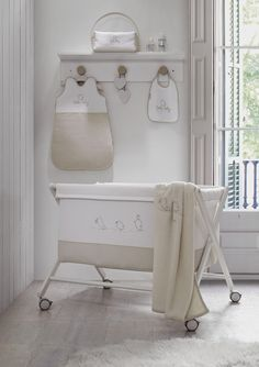 Cuartos bebes on pinterest nurseries babies nursery and - Ideas para decorar el cuarto del bebe ...