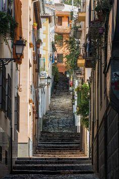Granada, Sierra Nevada, Spain, City, Plates On Wall, Golden Highlights, Urban Sketching, Wood Beams, Grenada