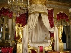versaillesadness: Empress Bedroom in the Chateau de Compiègne, France. Versailles, Beautiful Interiors, Beautiful Homes, Fairytale Room, Royal Bedroom, Oise, Grand Homes, French Chateau, Empire Style