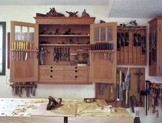http://www.woodesigner.net provides fantastic guidance and tips to working with wood
