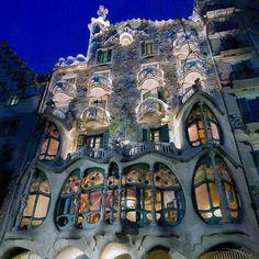 Visit Antoni Gaudi's Casa Batlló (Barcelona)