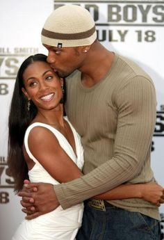 Famous Celebrity Couples: Hollywood's Most Adorable (Jada Pinkett Smith and Will Smith) Famous Celebrity Couples, Hollywood Couples, Famous Couples, Couples In Love, Celebrity Photos, Celebrity News, Adorable Couples, Power Couples, Celebrity Workout