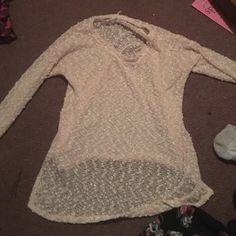 Sparkly cotton sweater Very sparkly,light pink,very comfy, worn twice Aeropostale Sweaters