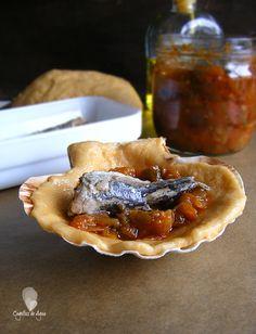 PEREGRINAS {Empanadillas de pimentón, pisto y sardinas} - Cogollos de Agua