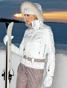 Luhta ski fashion Snow Fashion, Winter Is Coming, Canada Goose Jackets, Skiing, Rain Jacket, Windbreaker, Raincoat, Winter Jackets, How To Wear