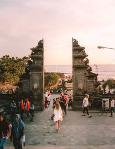 Canggu is upcoming, close to the airport, has great surfing beaches and the absolute best restaurants. These are the 13 Best Things To Do in Canggu. Bali Travel Guide, Asia Travel, Canggu Bali, Denpasar, Fall Pictures, Where To Go, Travel Inspiration, Stuff To Do, Places To Go