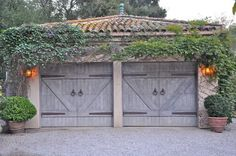 That's a garage I'd love to have.   # Pin++ for Pinterest #