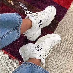 cute aesthetic white trainers Retro New Balance WX 608 WT🖤 - Fashion Shoes Ideen New Balance Outfit, Mode New Balance, New Balance Trainers, New Balance Shoes, Dad Shoes, Me Too Shoes, Sneakers Mode, Sneakers Fashion, Fashion Shoes