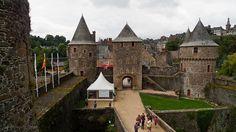 Entrada del Castillo de Fougères by Jose Antonio Abad, via Flickr