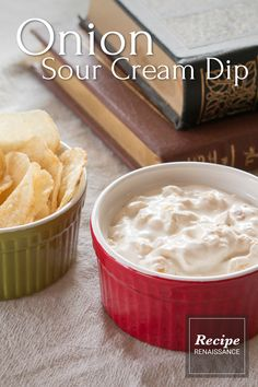 Onion sour cream just like in the but without the packet of onion soup mystery ingredients. Sour Cream Dip, Fried Onions, Onion Soup, Dip Recipes, Dips, Mystery, Appetizers, Stuffed Peppers, Desserts