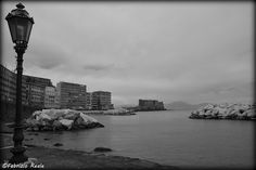 A black and white view of Naples (Italy) and its gulf