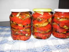 Canning Pickles, Romanian Food, Romanian Recipes, Winter Salad, Fermented Foods, Preserving Food, Canning Recipes, Whole 30 Recipes, Cooking Tips