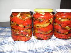 Reteta culinara Conserva de vinete cu ardei si usturoi pentru iarna din categoria Conserve. Specific Romania. Cum sa faci Conserva de vinete cu ardei si usturoi pentru iarna