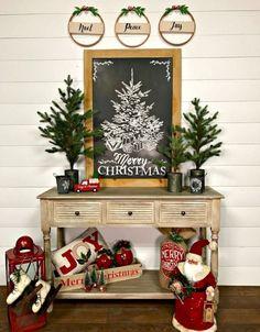 30 Farmhouse Christmas Decor Ideas #indoorchristmasdecor
