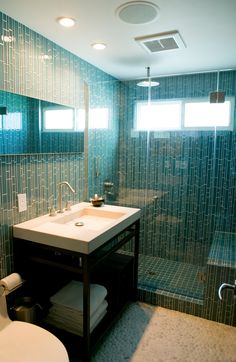 modern beach bathroom-studioblu.net It would awesome to have a big shower like thiss