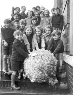 Twenty four schools in Hackney, London, E. have between them collected tons of string for the RAF to be used for the making of maps. The Borough Council collected the gargantuan balls in a lorry. (Photo by Planet News Archive/SSPL/Getty Images)
