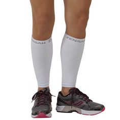 Cool design of compression leg sleeves. 10 bloggers take their white compression leg sleeves from white to bright