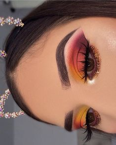132 beautiful spring makeup ideas for formal event 19 Makeup Eye Looks, Eye Makeup Art, Beautiful Eye Makeup, Dramatic Makeup, Glam Makeup, Makeup Inspo, Eyeshadow Makeup, Makeup Inspiration, Makeup Ideas