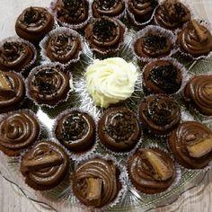 Κουποκεκάκια 🤤🧁🧁 Mini Cupcakes, Desserts, Food, Tailgate Desserts, Deserts, Essen, Postres, Meals, Dessert