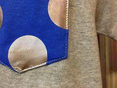 ポケットのステッチはボディに合わせてグレーをチョイス。