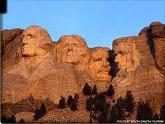 Between October 4, 1927, and October 31, 1941, Gutzon Borglum and 400 workers sculpted the colossal 60 foot (18 m) high carvings of U.S. presidents George Washington, Thomas Jefferson, Theodore Roosevelt, and Abraham Lincoln to represent the first 150 years of American history.