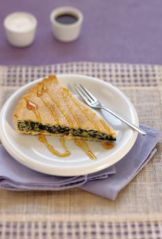 Naxos' Sefoukloti Pie (salty & sweet pie with spinach & honey topping), Greece