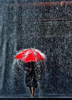 Knowing You Are Waiting For Me  #umbrella #coloryourlife#onlinestore #shoppingonline #giftideas#giftguide #rain #raindays #letitrain #rainwear#loveweather #lifestyle #essentials#everydaycarry #accessories #styleinspo #photooftheday #photography#like4like #follow4follow#rainydays#red#womanpower