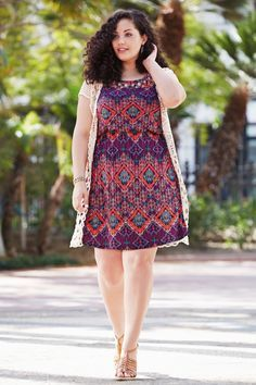 JUST IN!! Stitch Fix Plus Size fashion! 2017 fashion trends up to size 24W & 3XL. Have your own personal stylist picke items just for you & delivered to your door. No stress shopping in stores! #sponsored #stitchfix Boho chic, resort wear! Your curves your style! Sexy, modern, fun & flirty. pretty printed knee length dress. Purple, pink and teal. sleeveless cardigan