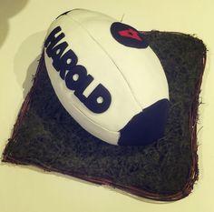 Cake ballon de rugby aux 3 chocolats
