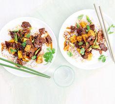 Pineapple, beef & ginger stir-fry #VCFakeaways