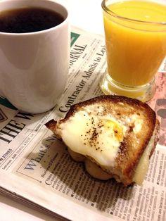 Easy Breakfast Sandwich: Eggs, Aged Cheddar, Sourdough, and Butter