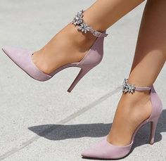 3a7d881746b4 Stiletto  stiletto  shoes  fashion  style  vanessacrestto Pink Heels  Outfit