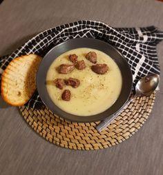 #potatosoup #leekrecipes #potatorecipes #recipes #soups #recipes #greekcuisine #greekrecipes #food #foodporn #tastyrecipes Potato Soup, Panna Cotta, Soups, Potatoes, Ethnic Recipes, Food, Dulce De Leche, Potato, Essen
