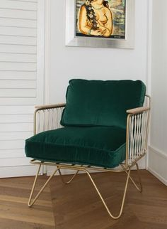 beetle dining chair green velvet with black legs gamfratesi for conrad shop objects. Black Bedroom Furniture Sets. Home Design Ideas