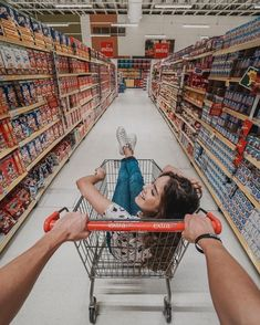 Relationship goals Poses Fotográficas, Picture Poses, Poses Photo, Insta Photo Ideas, Instagram Picture Ideas, Photo Instagram, Tumblr Love, Senior Photos Girls, Pinterest Photography