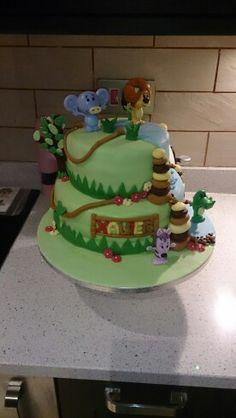Raa raa cake x